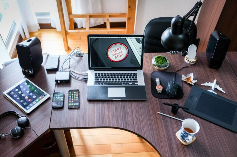 10 Reasons Why Working From Home Is Great For A Family