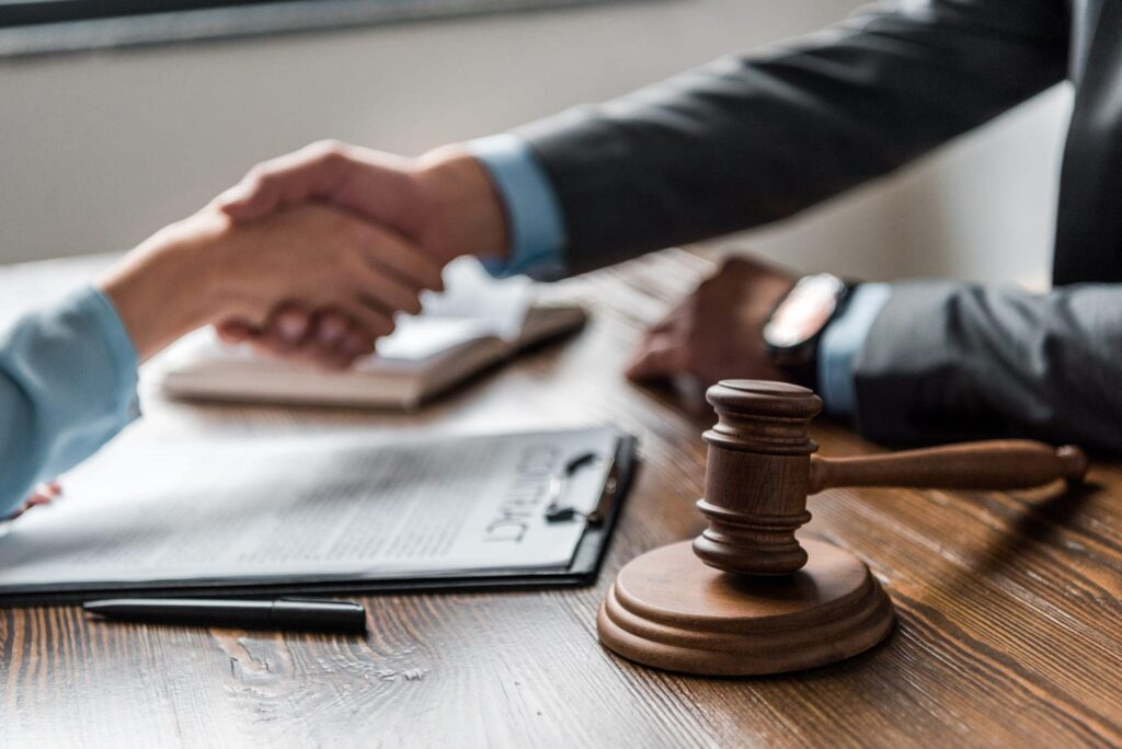 Who Should Hire A Bankruptcy Attorney - 2020 Guide ...